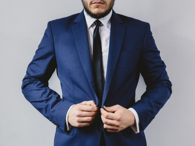 https://www.pexels.com/photo/suit-wedding-male-outfit-9635/